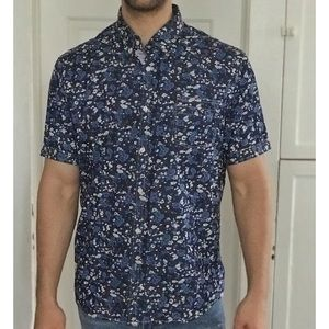 7 Diamonds floral button down cotton